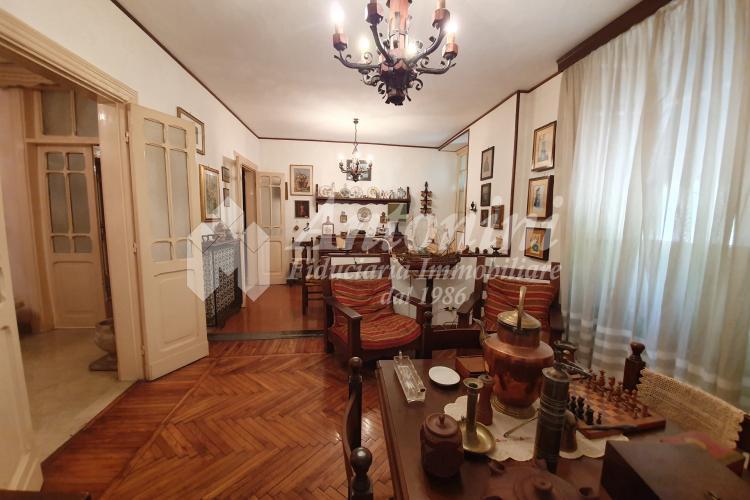 Trieste Via Rubicone 220 sqm