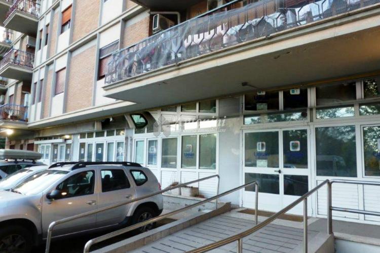 Marconi Via Q. Majorana Shop on sale 270 sqm