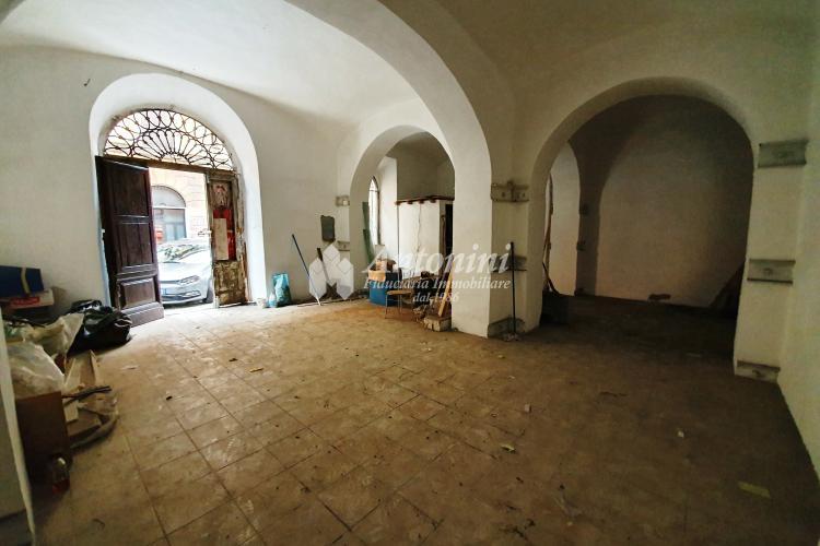 San Lorenzo Via dei Volsci Loft 90 sqm