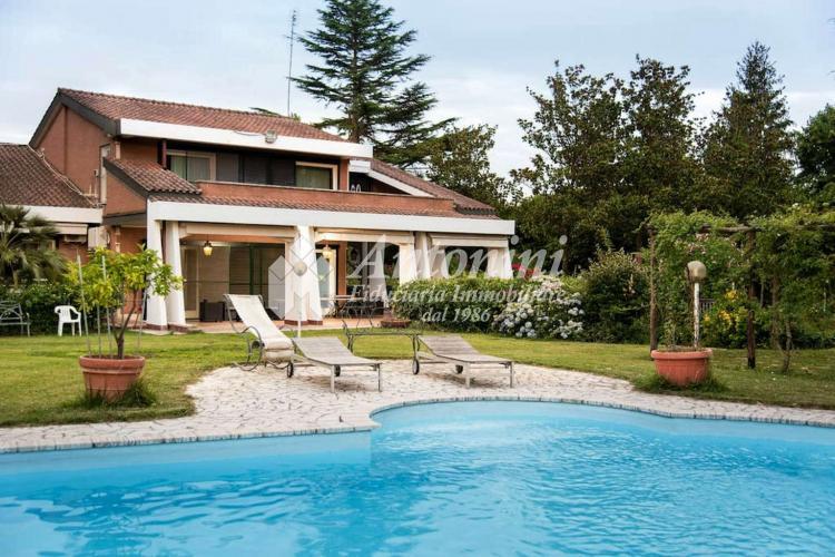 Olgiata Villa Extralusso 1.300 sqm