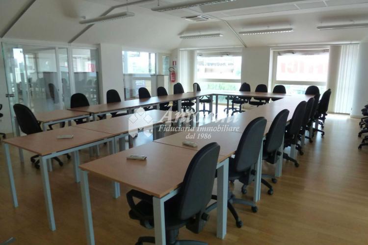 Parco dè Medici Office for rent 440 sqm