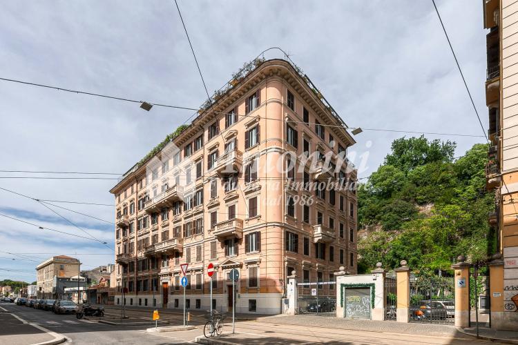 Roma Flaminio Via Flaminia Office on sale 270 sqm