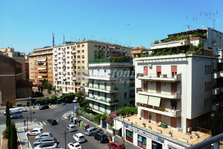 Trieste Viale Libia office on sale 180 sqm